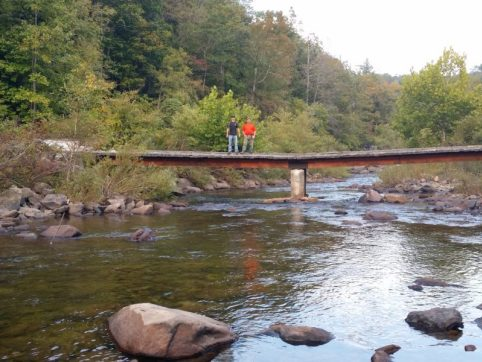 Bridge at Devil's Breakfast Table / Daddys Creek Trailhead. Looking north. (Richie)