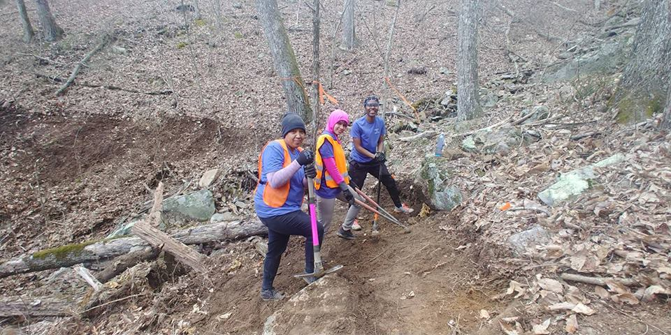 Centre College students pause from trail work during ASB 2018. (Wilson)