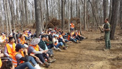 A Ranger from CTSST gives a talk on the Elk population in Tennessee during a lunch break. Week 2, ASB 2019. (Richie)